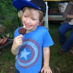 happy hat_Rhytym and ice cream